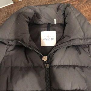❤️❤️ MONCLER   Gray puffer Jacket